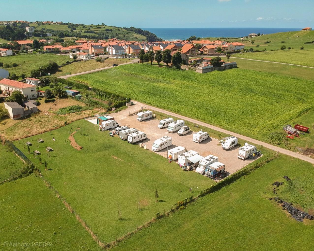 Area de servicio de autocaravanes Las Hazas Cobreces Cantabria Espagne Eté 2018